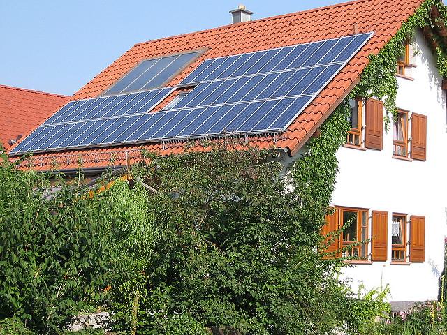 Dom z elektrownią słoneczną